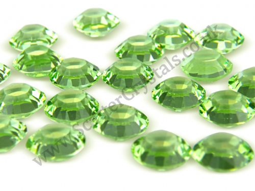 Pk 100 Swarovski Unfoiled Table Crystals, Style 1128, SS29 (6.2mm), Peridot